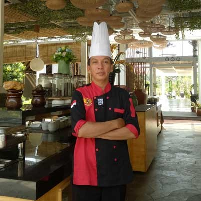 Chef Dodi S, F&B Manager Resto Swimming Pool Rumah Kito Hotel and Resort Jambi